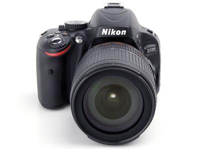 尼康 D5100(带狗头和腾龙18-200)出售