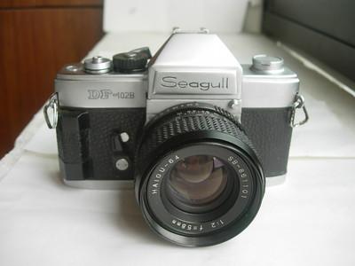 很新海鸥DF-102B有手柄单反相机带58mmf2镜头,收藏使用