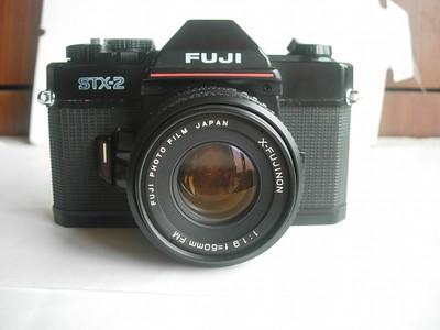 较新富士STX--2单反相机带50mmf1.9镜头,全机械快门,收藏使用