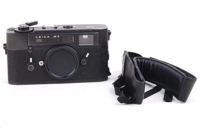 【特价】徕卡 M5 黑色三耳机身 带背带 #jp18881
