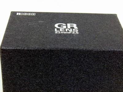 包装齐全的理光GR21/3.5
