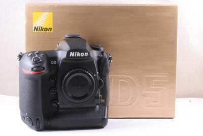 98/尼康Nikon D5 全幅数码  快门2754次 ( 全套包装 ) XQD版本