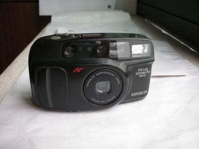 很新美能达70变焦相机