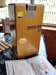尼康 AF-S 尼克尔 28-300mm f/3.5-5.6G ED VR买一送一