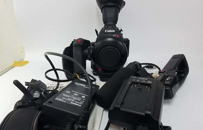 佳能 EOS C100 Mark II出一台佳能C100 Mark II摄像机!