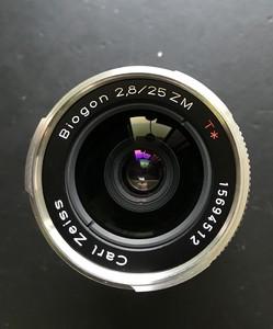 卡尔·蔡司 Biogon T* 25mm f/2.8 ZM手动镜头