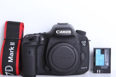 98新二手 Canon佳能 7D2 单机 高端单反(B6109)【京】