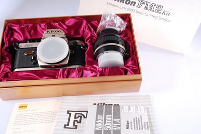 伟德betvictor_全新Nikon 尼康 FM2 +50/1.4 2000年龙年纪念版套机,全新收藏品