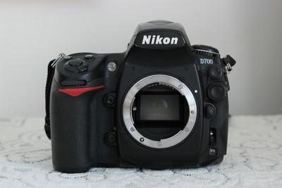 尼康 D700套机适马50/1.4镜头原厂手柄