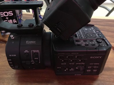 索尼 NEX-FS100