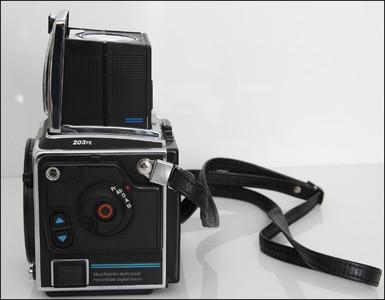 哈苏 Hasselblad 203FE 中画幅机身 已从哈苏改后口 可接数码背
