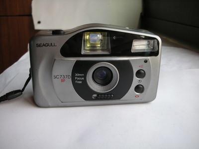 很新海鸥SC737D-BF自动曝光相机,30mm定焦镜头