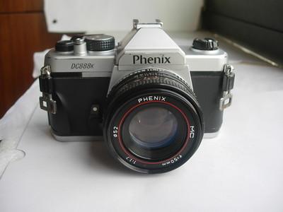 较新凤凰DC888单反相机带50mmf1.7MC镜头,有多次曝光功能