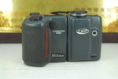 尼康 COOLPIX E995 数码相机 经典复古 可旋转镜头 微距