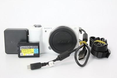 94新二手 Sony索尼 A5000 单机 白色微单相机(W07408)【武】
