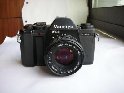 很新玛米亚ZM经典单反相机配50mmF1.7镜头,收藏使用