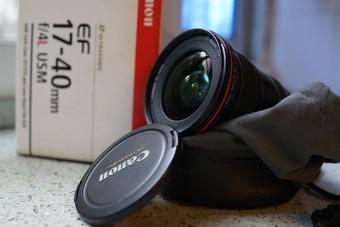 佳能 EF 17-40mm f/4L IS USM
