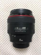 学生低价转让佳能 EF 85mm f/1.2 L