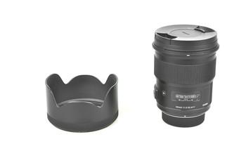 95新 适马 50mm f/1.4 DG HSM(