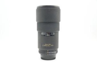 Ä AF 180mm f/2.8D IF-ED