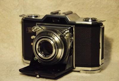 蔡司依康 Ikonta 35 522/24 35mm 胶片相机