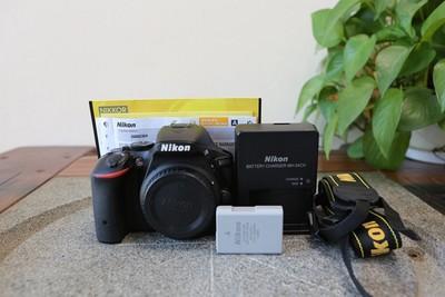 96新二手 Nikon尼康 D5500 单机 快门3400多次 (W11186)【武】