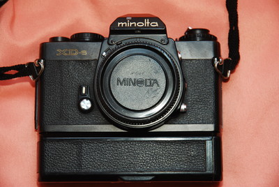 Minolta XD-S+D型卷片器