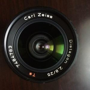 卡尔·蔡司 Distagon T* 25mm f/2.8 ZK