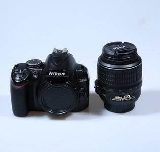 尼康 D3000 +18-55VR 单反相机套装
