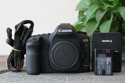 92新二手Canon千亿国际娱乐官网首页 5D2 单机 无敌兔 高端相机(W11054)【武】