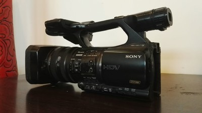 卖Z5C摄像机