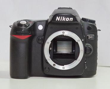 尼康 D80 + 腾龙 A14 18-200 F3.5-6.3