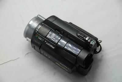 索尼 HDR-SR8E 100G硬盘式高清录像机 价额950元
