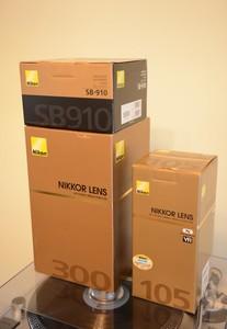 尼康 105 F2.8G 微距  300 F4D 长定焦   SB910 闪光灯