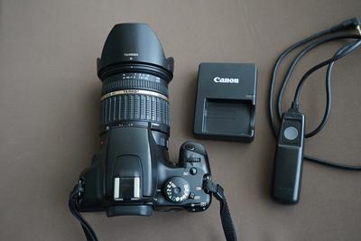 佳能1000D单反机身 + 腾龙17-50 mm f/2.8 镜头  送快门线一根
