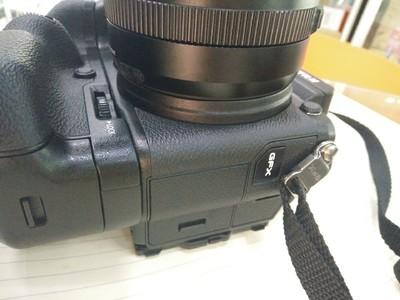 GFX-50S 中画幅相机 带32-46镜头 带原装手柄 没用两次