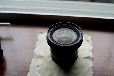 索尼 20mm f/2.8(SAL20F28)