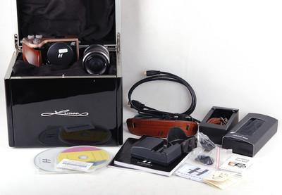 Hasselblad/哈苏 Lunar 2470萬像素數碼相機 橄欖木手柄#jp18346