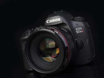 佳能 5DS R可搭配16-35/24-70/70-200等单反相机镜头