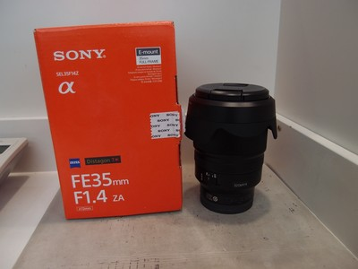 99新 索尼 FE 35/1.4 ZA ,索尼微单卡口,包装齐,成色新净!