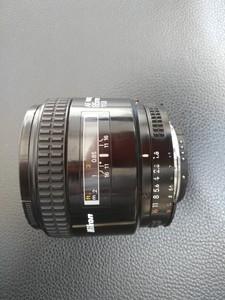 尼康 AF 85mm f/1.8