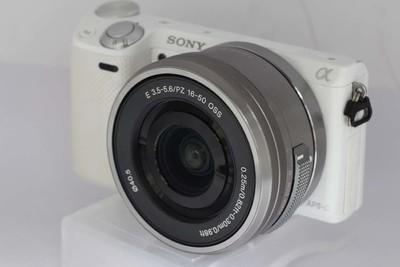 索尼NEX-5R套机(索尼E 16-50/3.5-5.6PZ OSS)(NO:3974 8916)