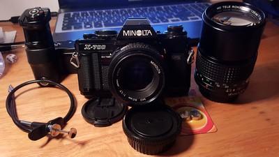 Minolta X-700 + 两个镜头 + 马达