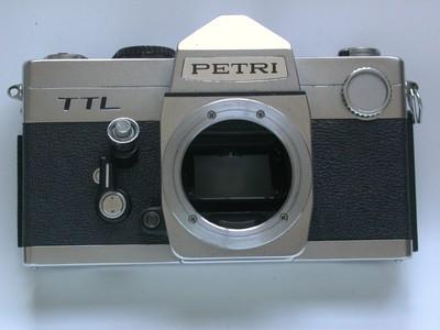 成色好、功能有缺陷的日本M42口Petri TTL单反机身!