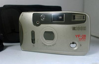 理光全自动胶片照相机(RICOH YF--28--28mm定焦)