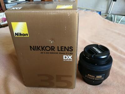 出自用 尼康 AF-S DX 尼克尔 35mm f/1.8G