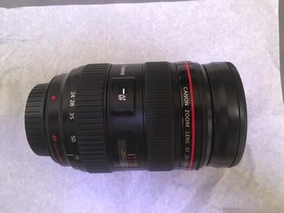 佳能 EF 24-70 mm f/2.8L USM
