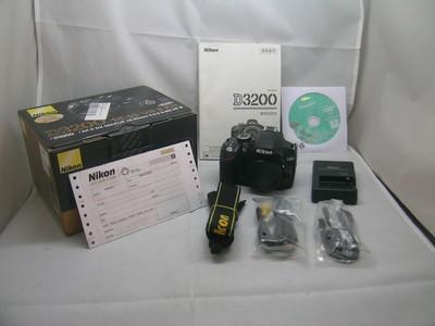 出售 95新 尼康 D3200 机身 包装齐全 请看图片