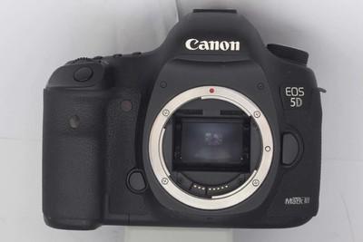 【全画幅专业数码相机】佳能 5D Mark III(NO:2441)