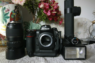 尼康专业数码单反套机机身镜头闪光灯超低价秒杀佳能 - 2999元